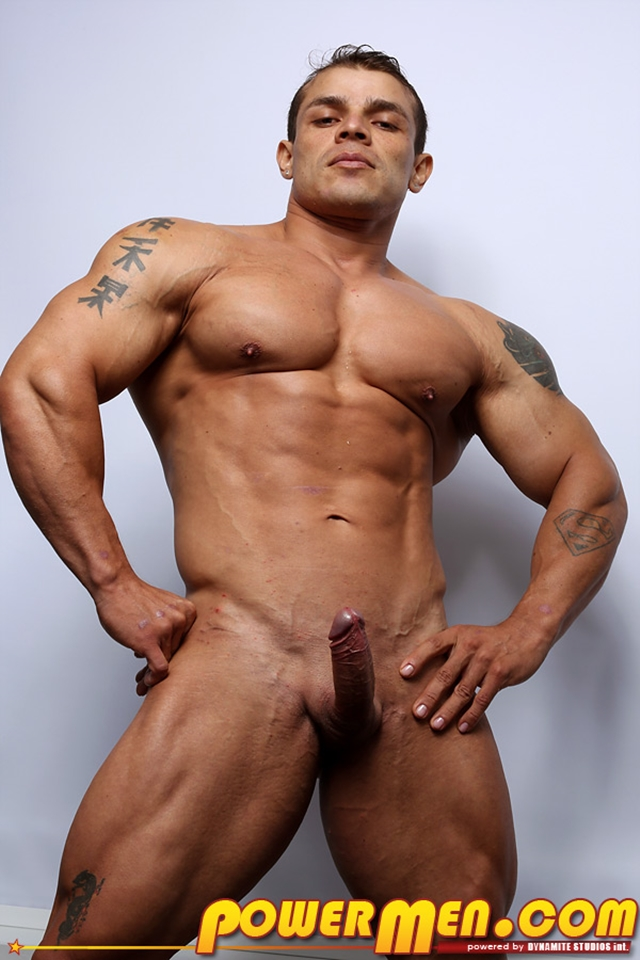 Muscled-bodybuilder-Clayton-Cobb-PowerMen-nude-gay-porn-muscle-men-hunks-big-uncut-cocks-tattooed-ripped-bodies-hung-08--pics-gallery-tube-video-photo