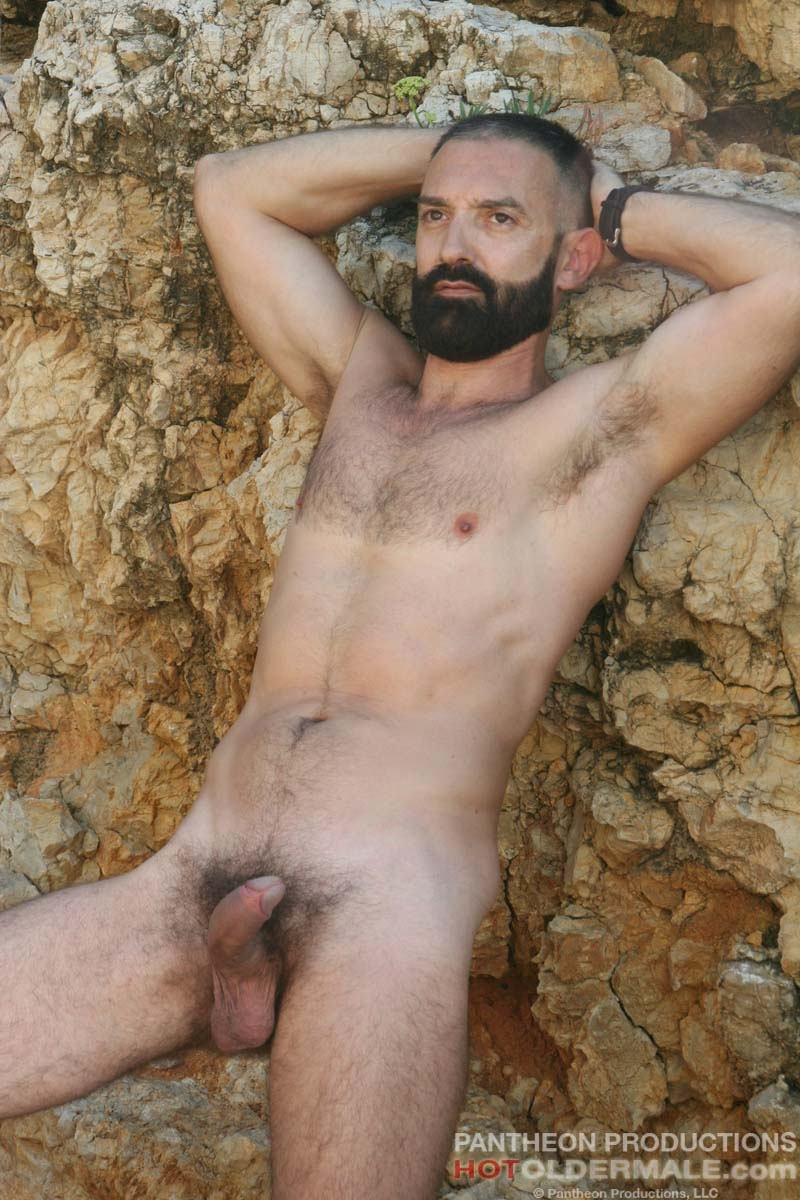 Hotoldermale-Jota-Salaz-hot-Spanish-bottom-furry-American-muscle-bears-hairy-chested-older-mature-gay-men-008-tube-download-torrent-gallery-sexpics-photo