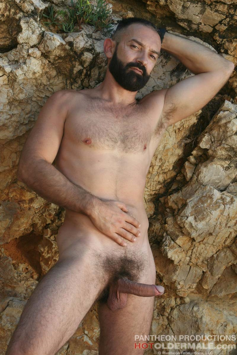 Hotoldermale-Jota-Salaz-hot-Spanish-bottom-furry-American-muscle-bears-hairy-chested-older-mature-gay-men-011-tube-download-torrent-gallery-sexpics-photo