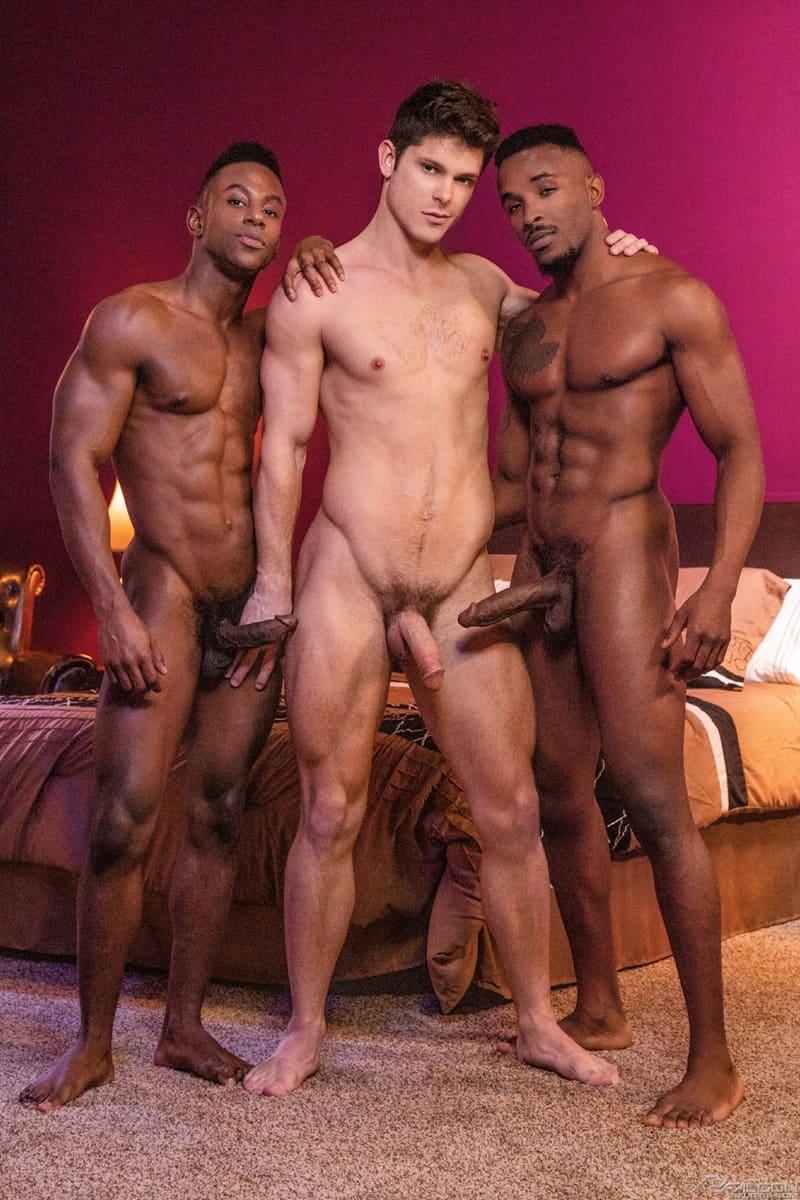 FalconStudios-Pheonix-Fellington-Liam-Cyber-bareback-fucking-Devin-Franco-hot-raw-ass-hole-006-Gay-Porn-Pics